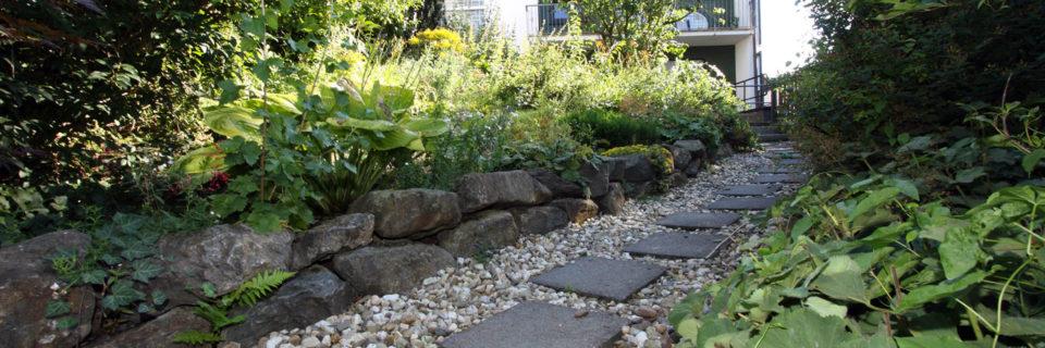 Wir gestalten Ihren Garten(t)raum